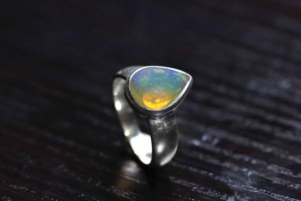 Top Opal Ring Welo - 56