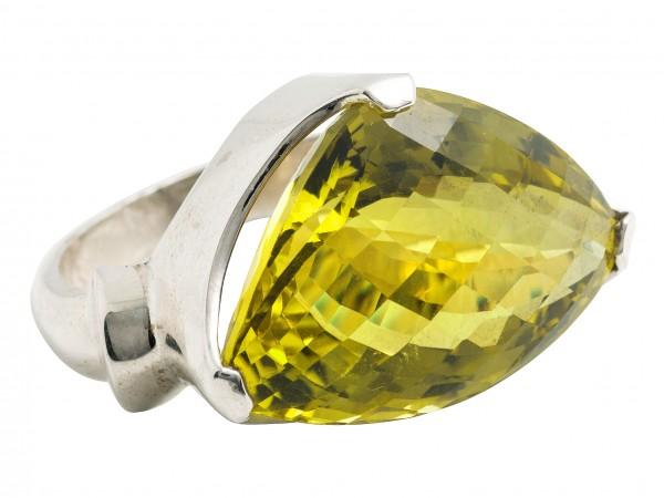 Top Lemon Quartz Ring