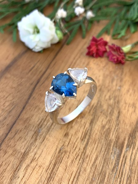 London Blautopas mit Bergkristall Ring