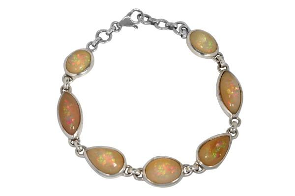 Top Welo Opal Bracelet