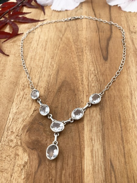 Mountain Crystal Collier