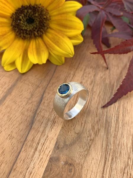 Top London Blue Topaz Ring