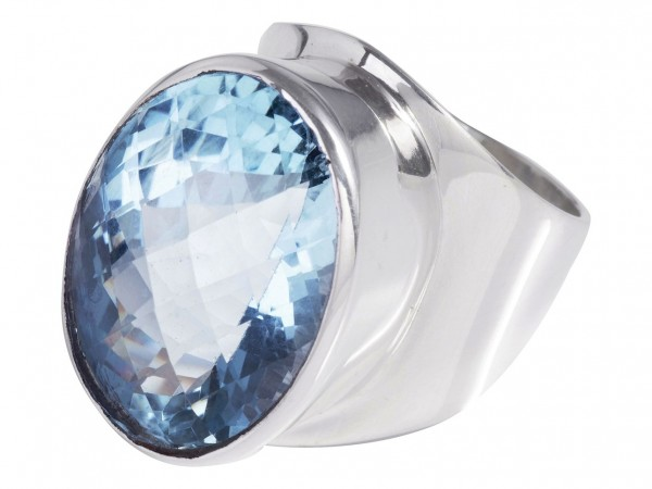 Blue Topaz ring XXL