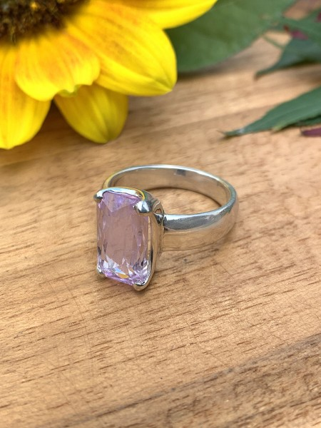 Top Kunzite Ring