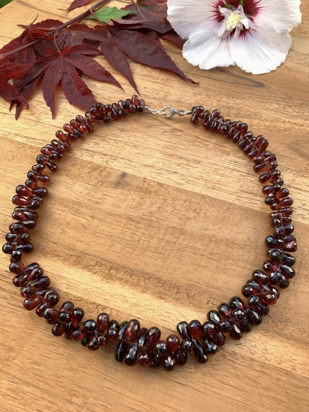Top Garnet Necklace